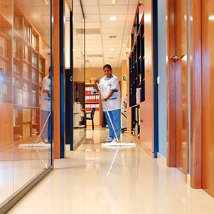 servicio de limpieza ibiza