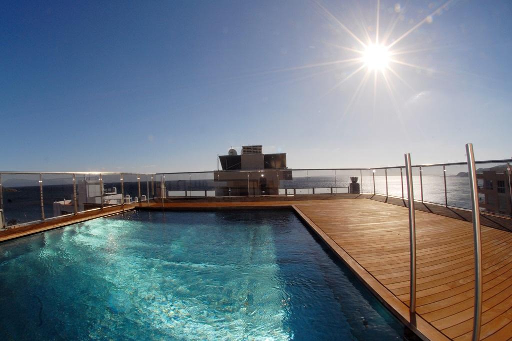 Consejos para el mantenimiento de la piscina durante el invierno