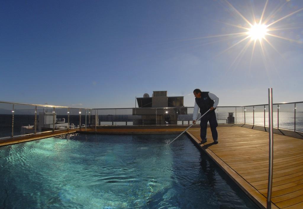 Mantenimiento de piscinas en verano